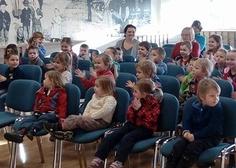 04/01/2018 Dopoledne s pohádkou: O TŘECH PRASÁTKÁCH - Divadlo Koráb Brno