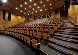 Zájezdu do divadla Radost: KABARET NOHAVICA ANEB BAREVNÉ KORÁLKY NA ŠŇŮRCE