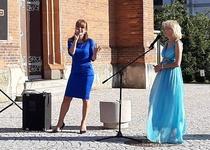"""30/07/2020 """"V roušce Evině"""" s Míšou Dolinovou a Veronikou Žilkovou"""